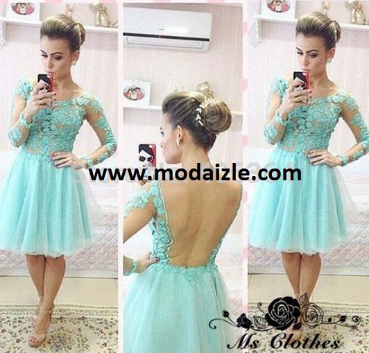 diz boyu dantelli sırtı açık mavi renkli elbise modeli